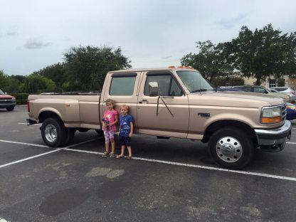 ford-f-350-super-duty-diesel-dually